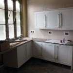 Kitchen units with handles and sink
